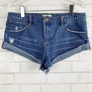 Free People Distressed Cut-Off Shorts Size: 29